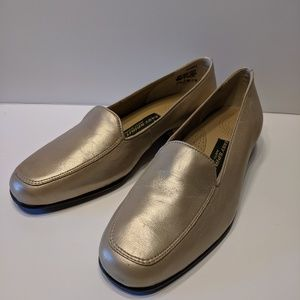 Easy Spirit Gold Leather Loafers 7.5